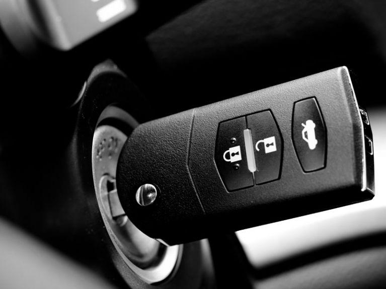 Duplicazione telecomandi auto